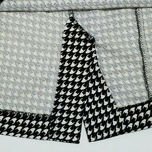 Alfani Skirts - Alfani Woman Houndstooth Pencil Skirt Size 16W